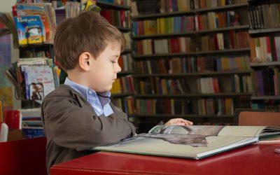 Η λειτουργική θέση του παιδιού κατά τη γραφή
